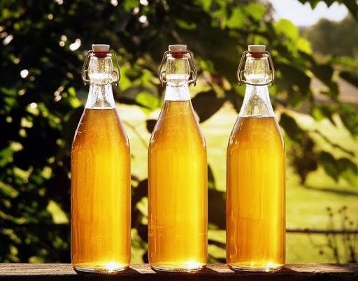 cách ngâm rượu ong rừng